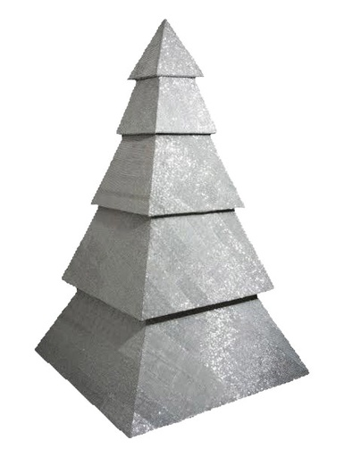rihanna.christmastree